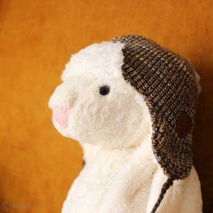 کلاه بافت رو گوشی بنددار